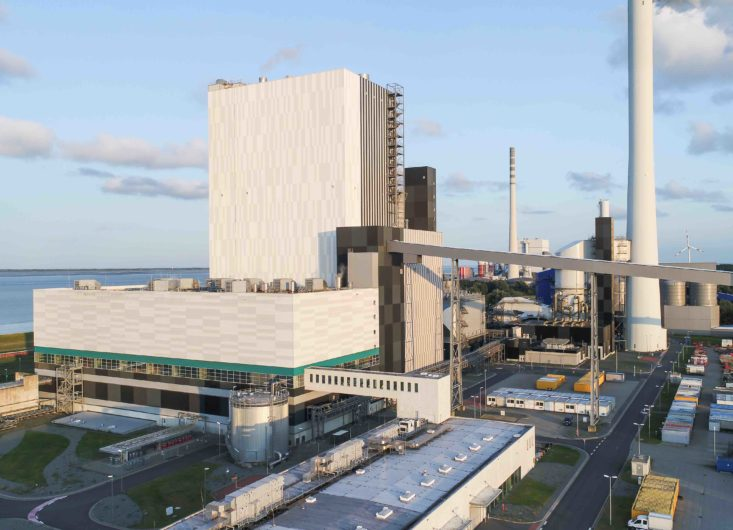 Milieuminister en parlementariërs in Niedersachsen bijgepraat in de kolencentrale Wilhelmshaven over mogelijkheden voor energietransitie